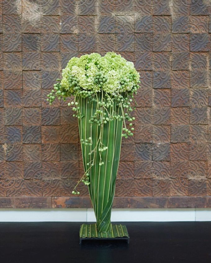 Balinese Floral Centrepieces by Make A Scene! Bali - 008