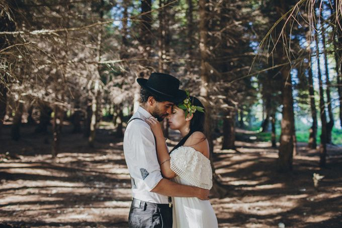 INTIMATE WOODLAND ELOPEMENT INSPIRATION by Sweetphotofactory - 014