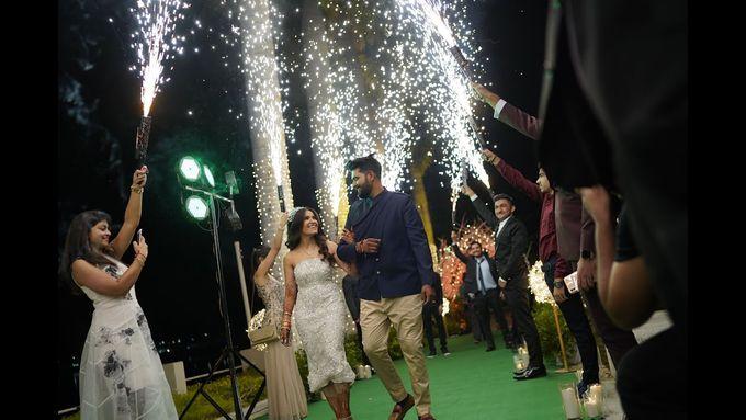 A roaming wedding of Sapna and Mithun by Wedding By Neeraj Kamra - 015
