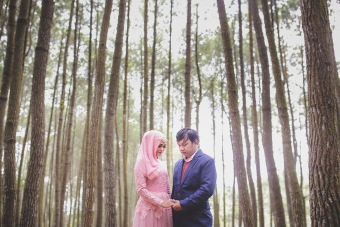 prewedding rosy & irul by Kite Creative Pictures - 005