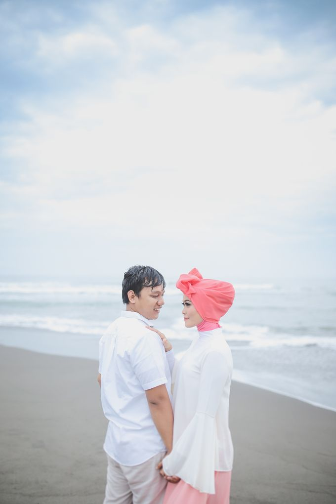 prewedding rosy & irul by Kite Creative Pictures - 011