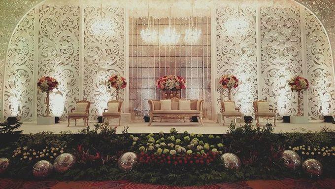 Skenoo Hall - Various Wedding Stage Decoration at Skenoo Hall Emporium Pluit by IKK Wedding Venue - 004
