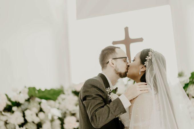Mega & Aistis Wedding at Chakra BSD by AKSA Creative - 003