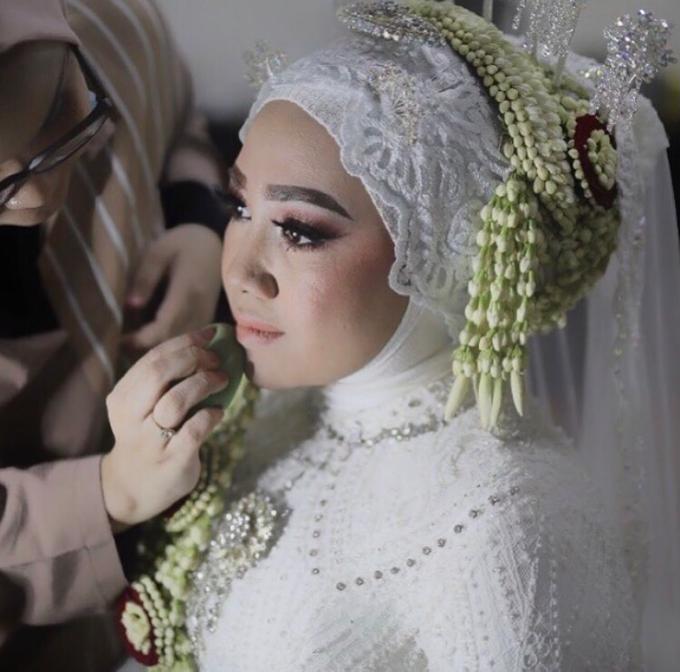 Makeup Wedding By Melani Indrawan by Melani Indrawan - 001