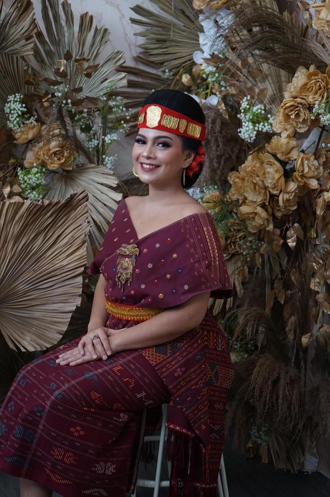 Makeup dan acc by melani indrawan by Melani Indrawan - 001