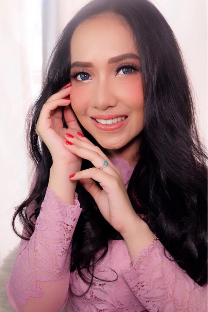 Party,Lamaran dan Sister of bride makeup by Melani Makeup dan Attire - 001