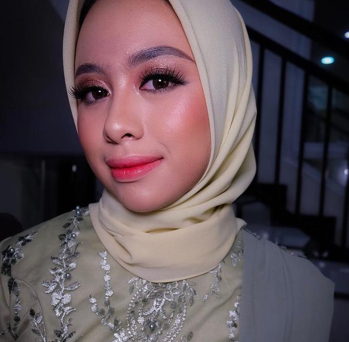 Party,Lamaran dan Sister of bride makeup by Melani Makeup dan Attire - 003