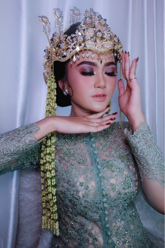 Makeup Wedding By Melani Indrawan by Melani Indrawan - 010