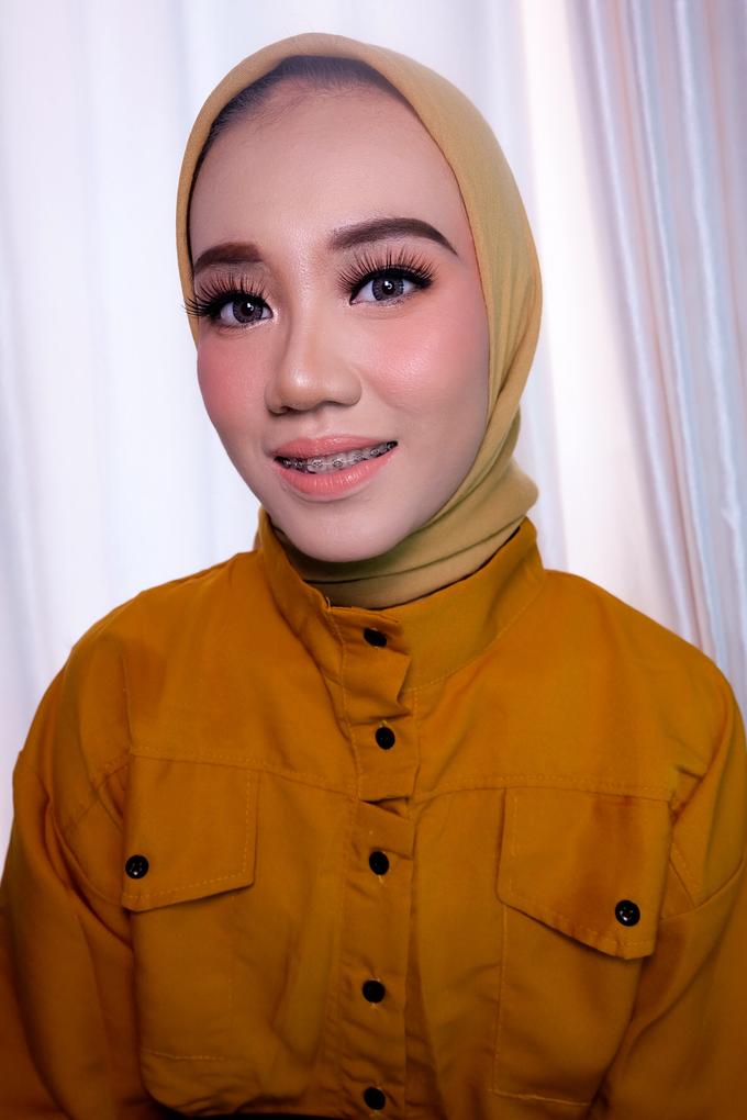 Party,Lamaran dan Sister of bride makeup by Melani Makeup dan Attire - 009