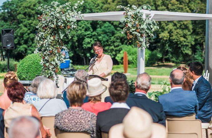 Bespoke Wedding ceremony by Celebrantissimo - 003