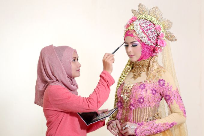 Photoshoot Wedding Model 2 by Dian Salon - 002