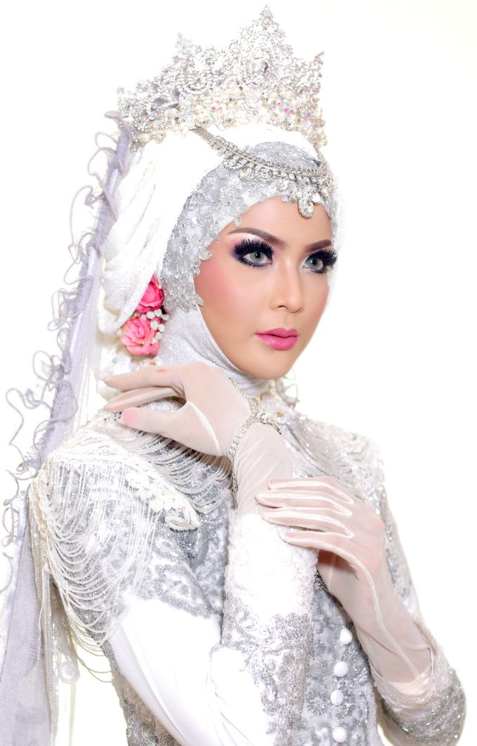 Photoshoot Wedding Model 1 by Dian Salon - 001