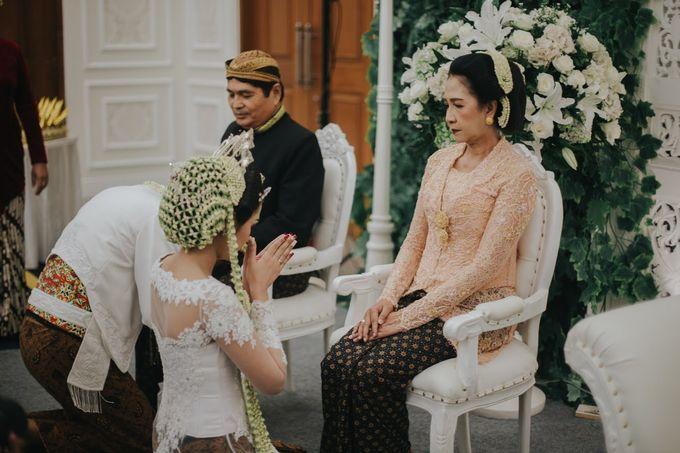 Puti & Rama Wedding Highlight by IKK Wedding Planner - 005