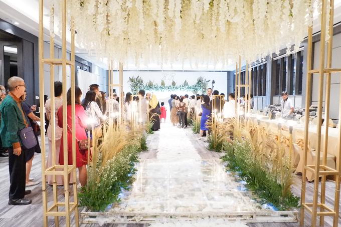 SKY BALL ROOM WEDDING KURNIAWAN & RIRIN by Mercure Jakarta Sabang - 013