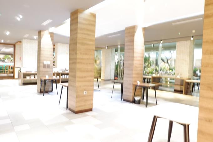 Lobby Area Wedding Erick & Vivi by Mercure Jakarta Sabang - 011