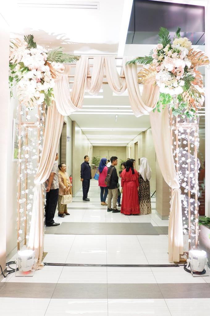 Lobby Area Wedding Erick & Vivi by Mercure Jakarta Sabang - 021