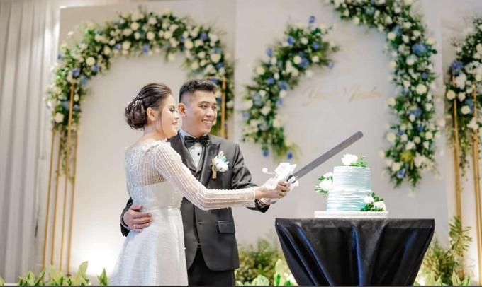 Wedding Resepsi Indri & Yos by Mercure Jakarta Sabang - 008