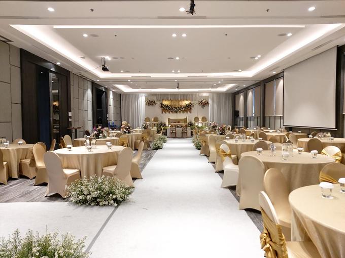 The Wedding Of Ms. Ivo & Mr. Taufiq by Mercure Jakarta Sabang - 002