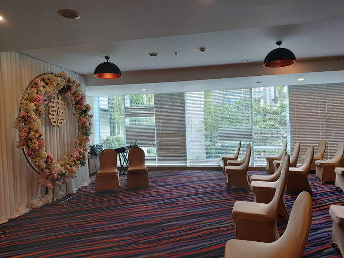 The Wedding Of Ms. Lily & Mr. Denny by Mercure Jakarta Sabang - 011
