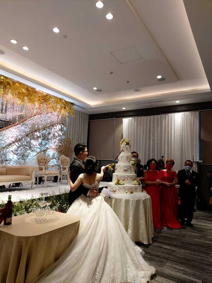 The Wedding Of Ms. Lily & Mr. Denny by Mercure Jakarta Sabang - 012
