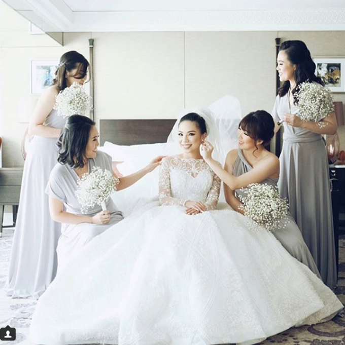 BILLIE MERRIE WEDDING by bridestore indonesia - 001