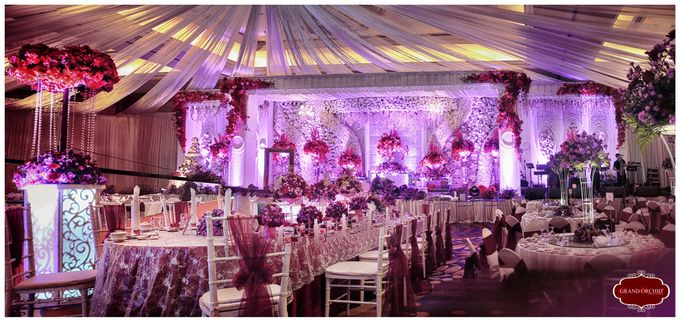 The wedding of benny djinna by grand orchid decoration add to board the wedding of benny djinna by jw marriott hotel surabaya 003 junglespirit Images