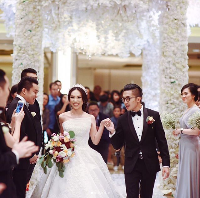 BILLIE MERRIE WEDDING by bridestore indonesia - 004