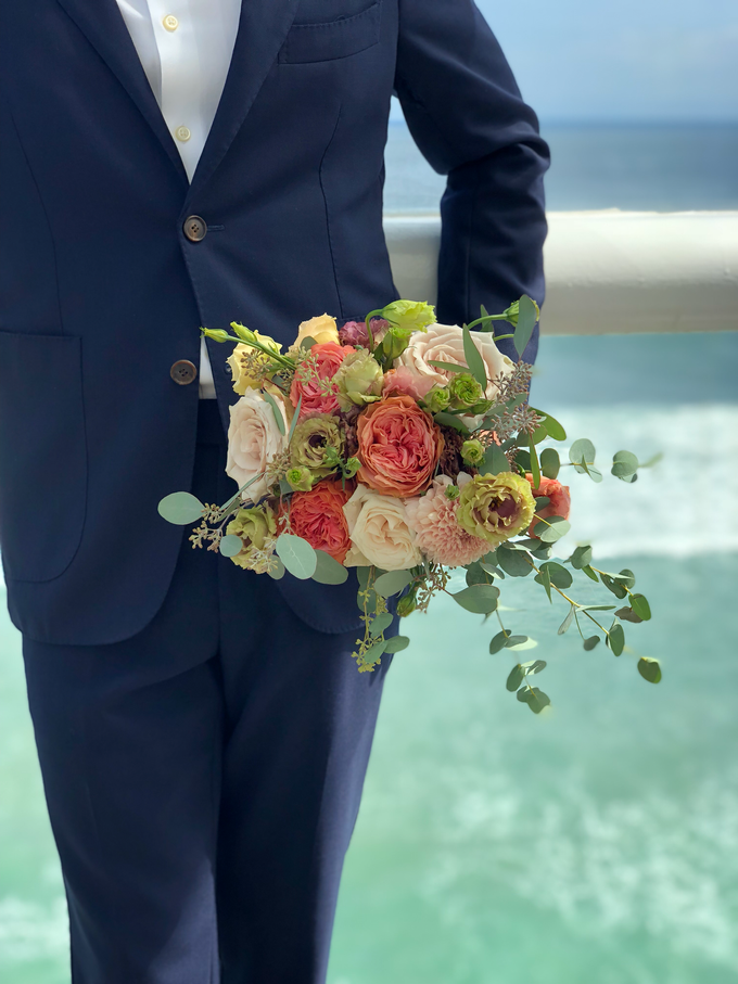 Bright and Beautiful Bridal Bouquet by Mfreshflowers - 007