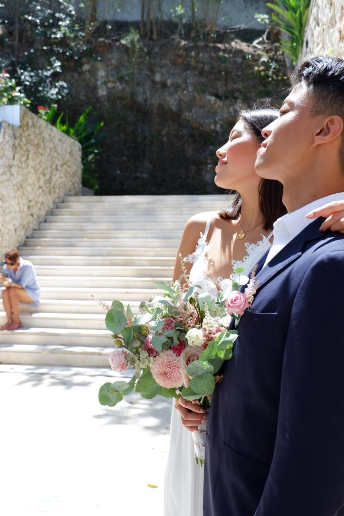 Rustique Bridal Bouquet by Mfreshflowers - 003