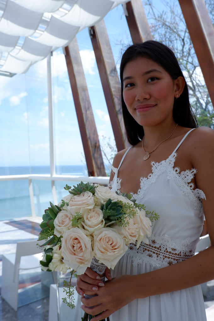 Rose and Succulent Bridal Bouquet by Mfreshflowers - 006