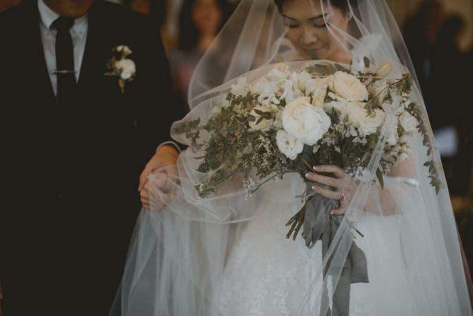 Mimi & Ian Wedding Ceremony by ATIPATTRA - 016