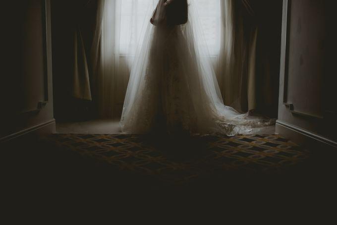Mimi & Ian Wedding Ceremony by ATIPATTRA - 006