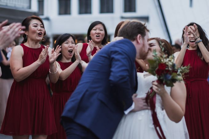 Beautiful Fusion Actual Day Wedding In Singapore by Wade Photography - 003
