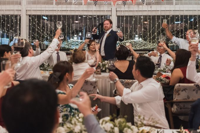 Beautiful Fusion Actual Day Wedding In Singapore by Wade Photography - 006