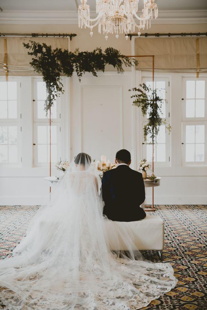 Mimi & Ian Wedding Ceremony by ATIPATTRA - 020