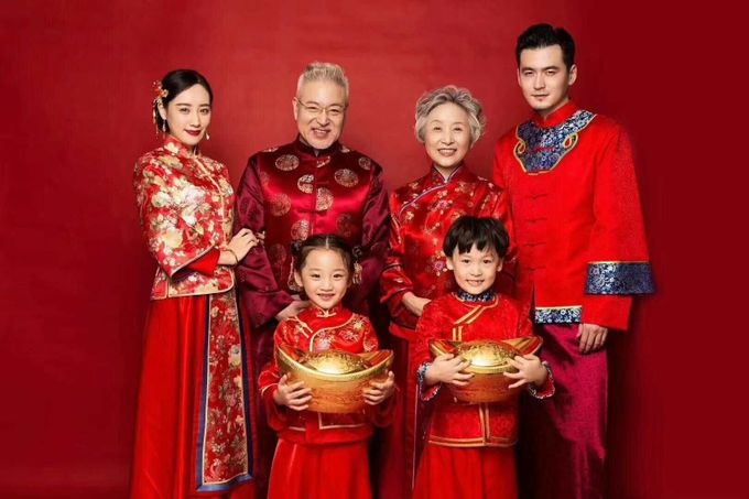 Family Dress For Chinese New Year by Sewa Gaun Pesta - 001