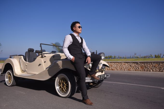 White Classic Car by Bali Classic Community - 032