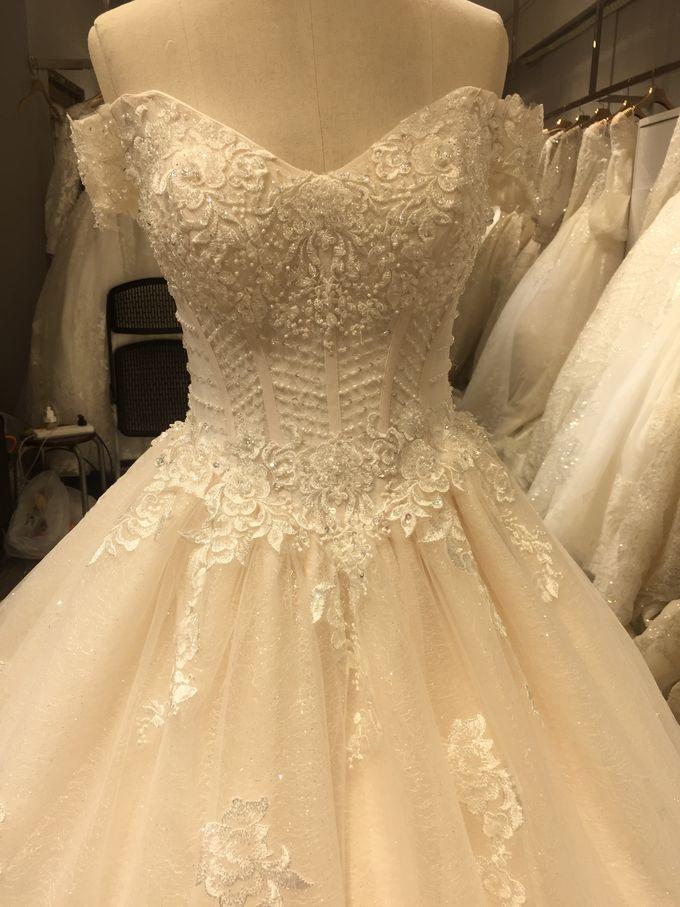 Wedding Dress by Sewa Gaun Pesta - 023