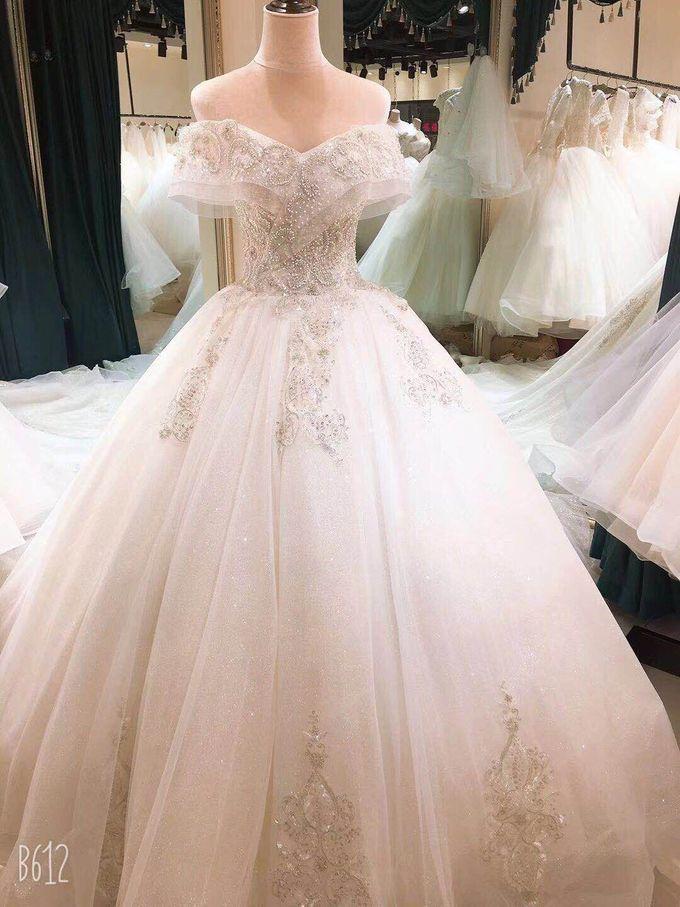 Wedding Dress by Sewa Gaun Pesta - 026