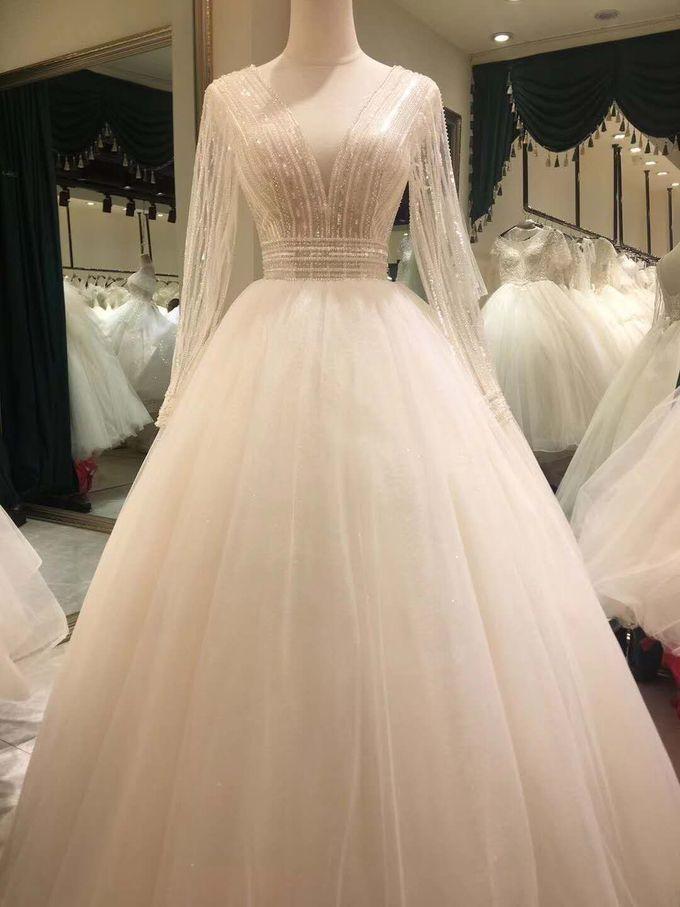 Wedding Dress by Sewa Gaun Pesta - 028
