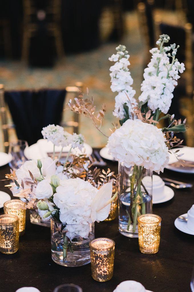 White Elegance by Fleurs At Marrakesh - 007