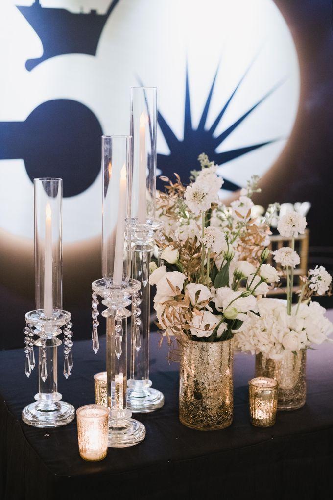 White Elegance by Fleurs At Marrakesh - 014