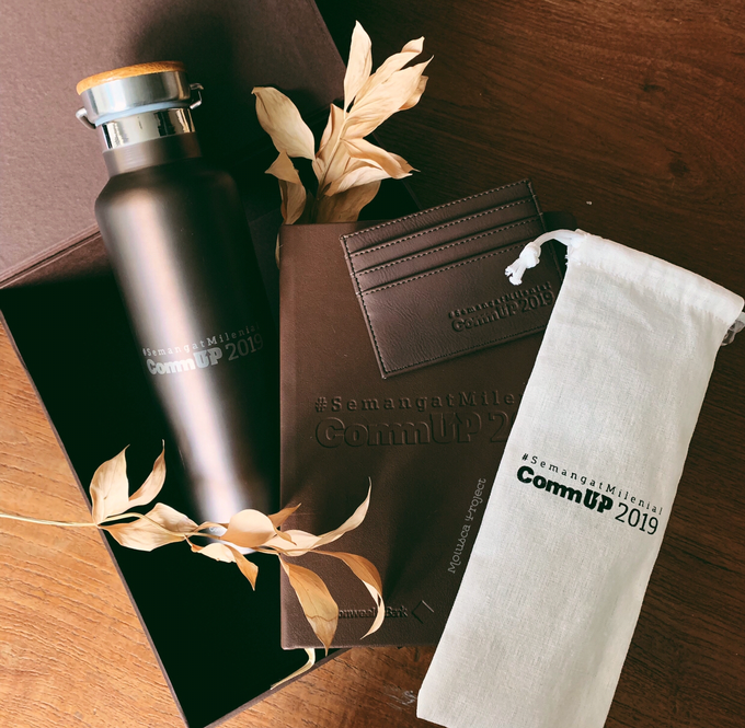 Gift set for Commonwealth Bank by Molusca Project - 001