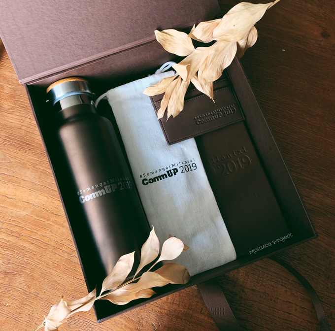 Gift set for Commonwealth Bank by Molusca Project - 002