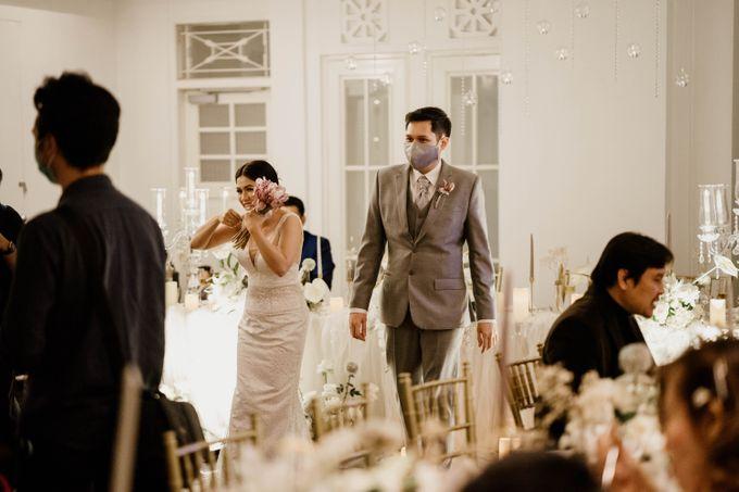 Kevin & Monica Wedding at Hermitage Jakarta by AKSA Creative - 011