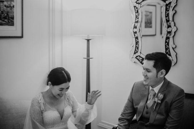 Kevin & Monica Wedding at Hermitage Jakarta by AKSA Creative - 044