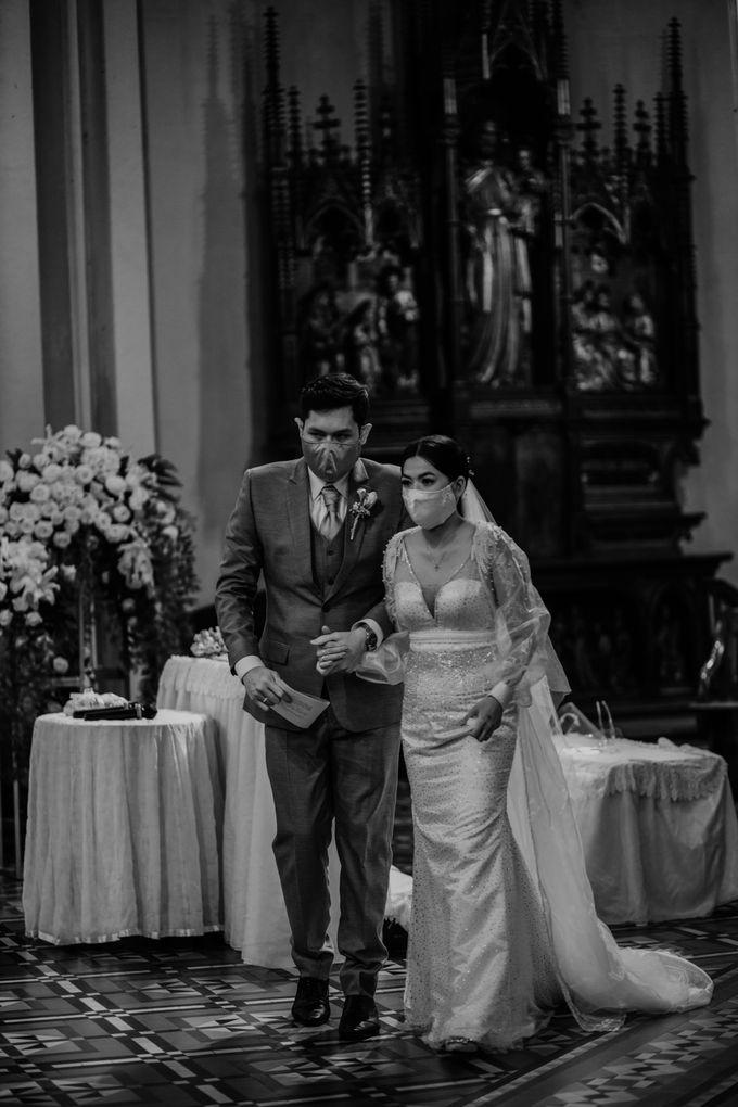 Kevin & Monica Wedding at Hermitage Jakarta by AKSA Creative - 030