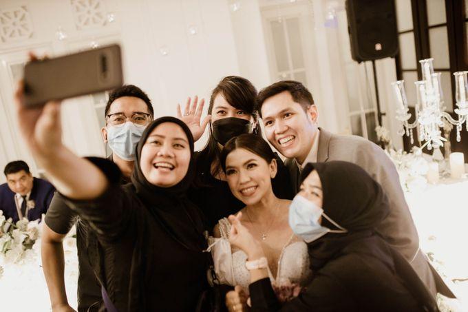 Kevin & Monica Wedding at Hermitage Jakarta by AKSA Creative - 017