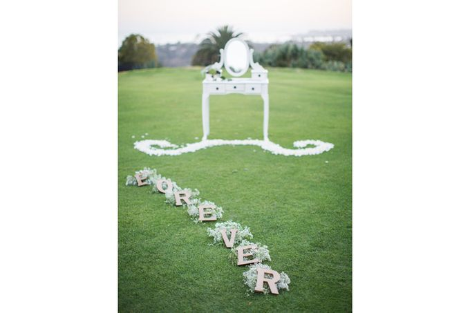 Modern, Fashion forward wedding at The Montecito Country Club by Kiel Rucker Photography - 016