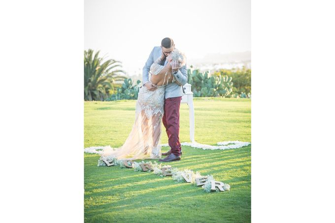 Modern, Fashion forward wedding at The Montecito Country Club by Kiel Rucker Photography - 023